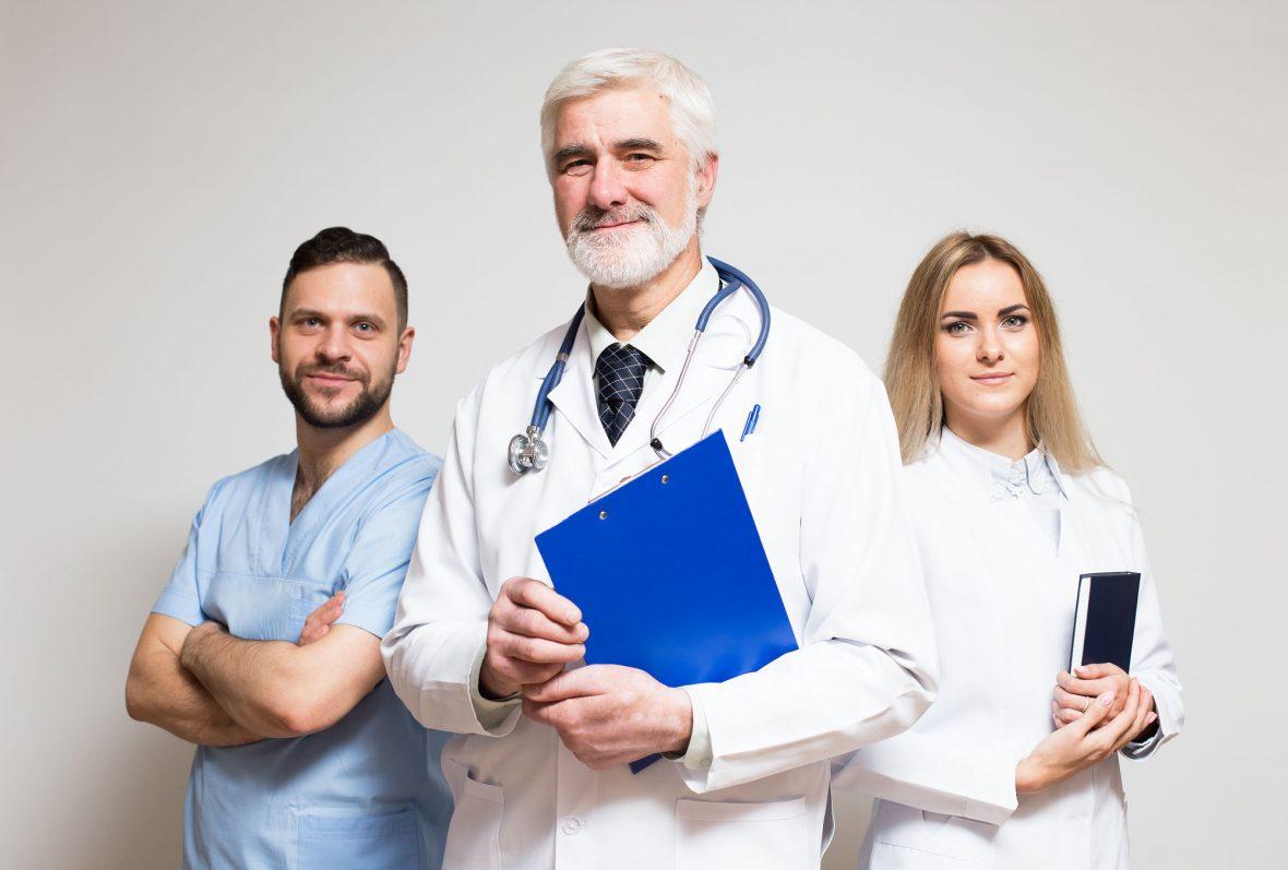 Formar médicos…